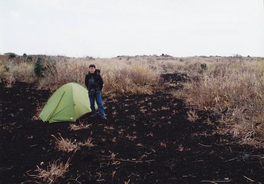 荒野のテントサイト